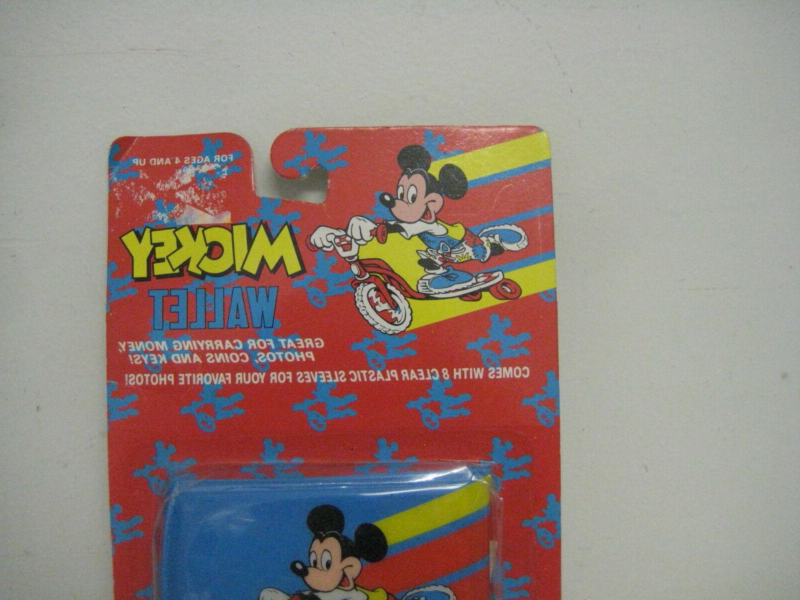 Vintage Imagining Mouse Scooter Plastic Wallet